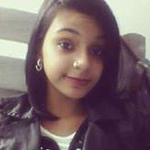 Letícia Chaves Eztc's avatar
