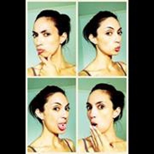 Ana Nur's avatar