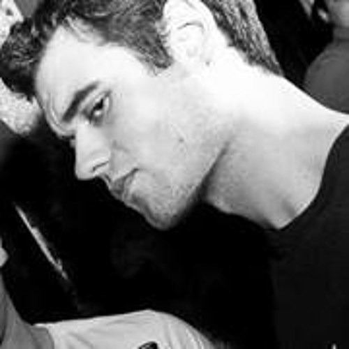 Declan Mouland's avatar