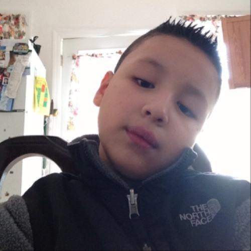 jonathan tello's avatar