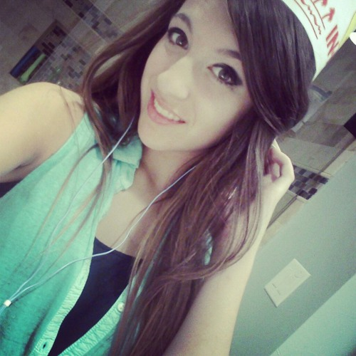 erika_loweee's avatar