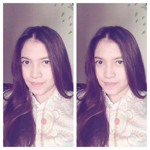 andrea theresia's avatar