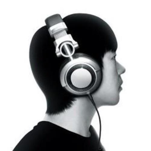 Woo Seungkyun's avatar