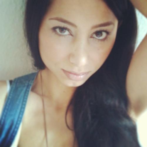 Hüssie's avatar