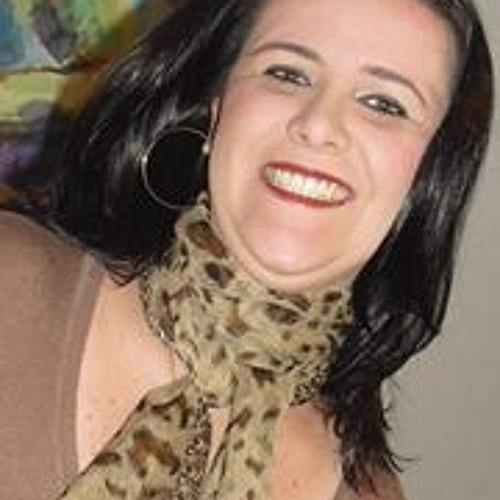 Renata Souto Carreira's avatar