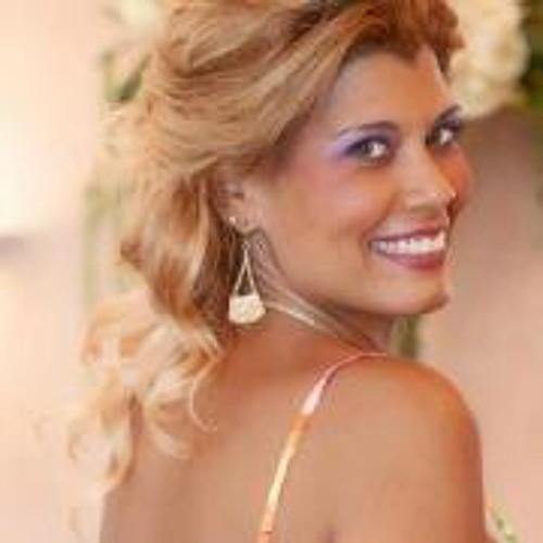Erika Robles 2's avatar