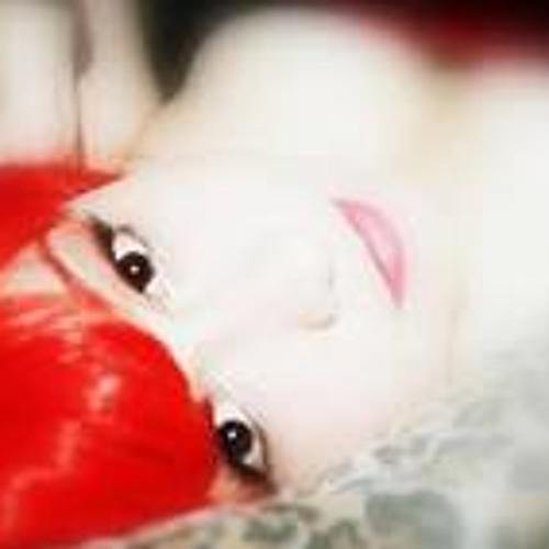 Lila Barrows's avatar