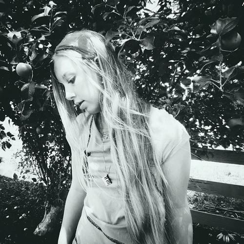 Taylor Elise~'s avatar