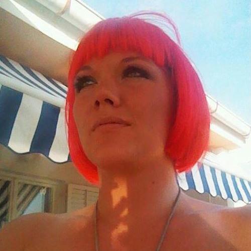 Leanne Alderson's avatar