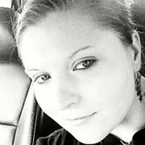 Nicole Woolsey's avatar