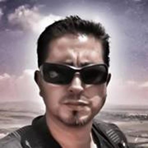 Erik Akiva's avatar