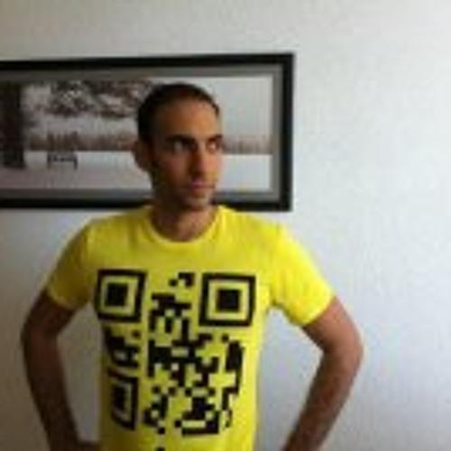 Omer Golan 4's avatar