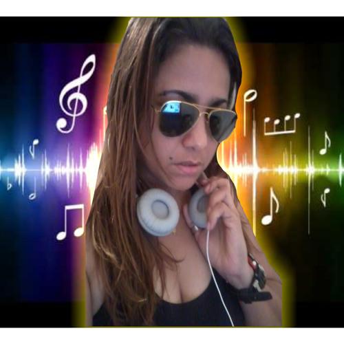 Dj Adriana Canário's avatar