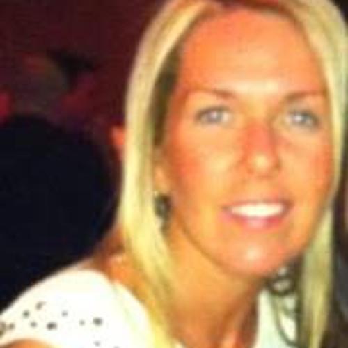 Cheryl Irvine's avatar