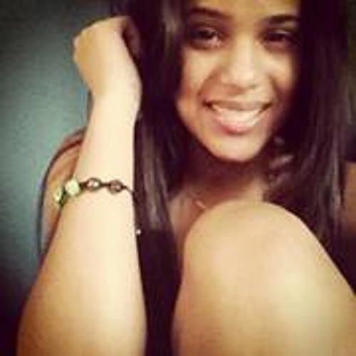 Sienna Tineo's avatar