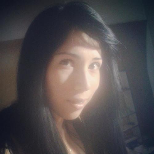 Dana Mora Herrera's avatar
