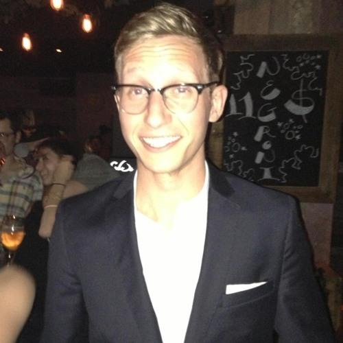 Zach Macklovitch's avatar