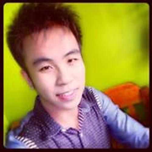 Richard Paragas's avatar