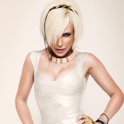 DJ ROSIE's avatar