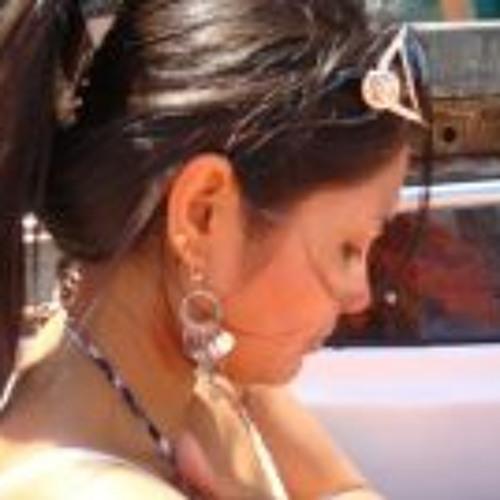 Patricia Manco Araujo's avatar