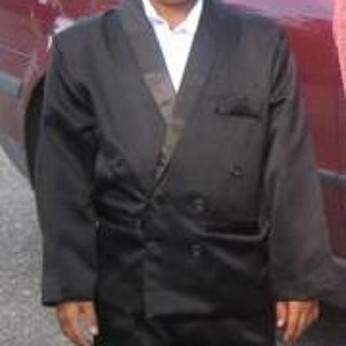 Akam Azar's avatar