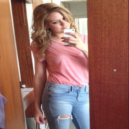 Jodie Beata Goode's avatar