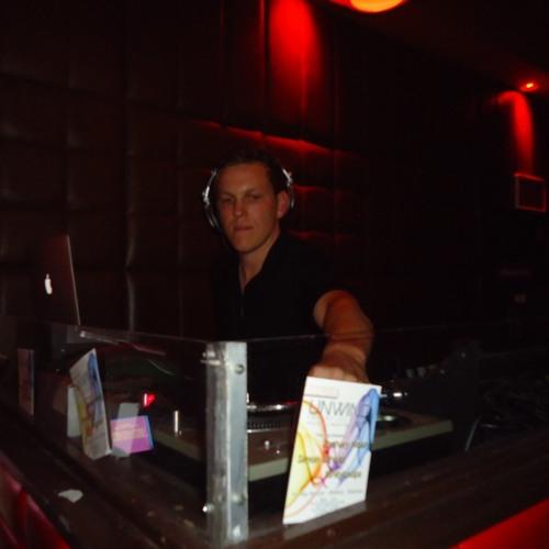 DJ Zachary Noah's avatar
