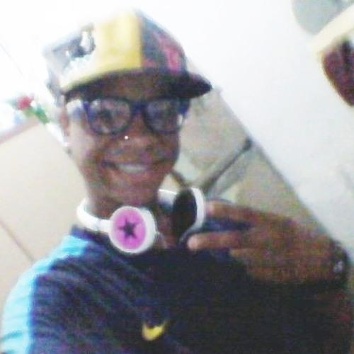 DJ_Alexandre's avatar