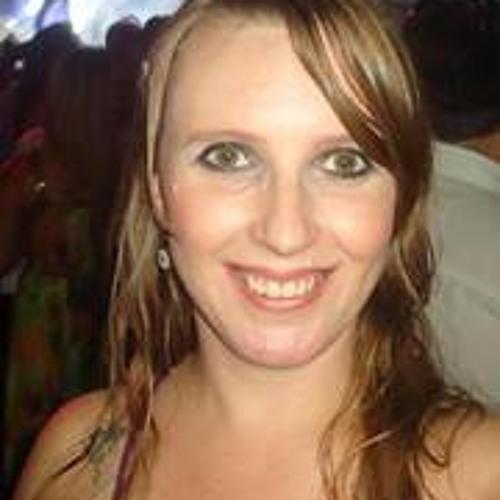 Elaine Micos's avatar