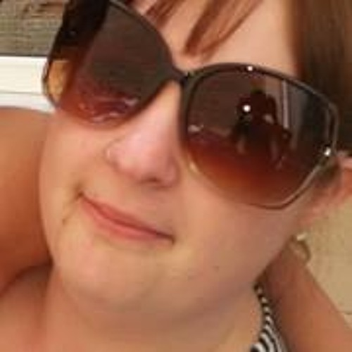 Emma Page 4's avatar
