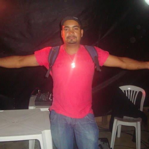 Luciano.Silva's avatar