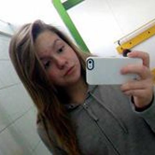 Dobos Daniella's avatar