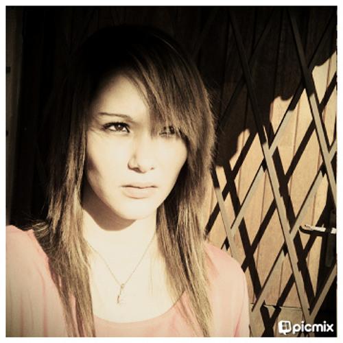 Nay Nay 365's avatar