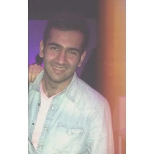 Omar Waleed Shamsi's avatar