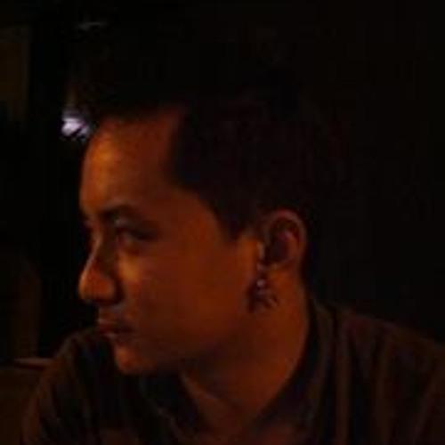 Nav Grg's avatar