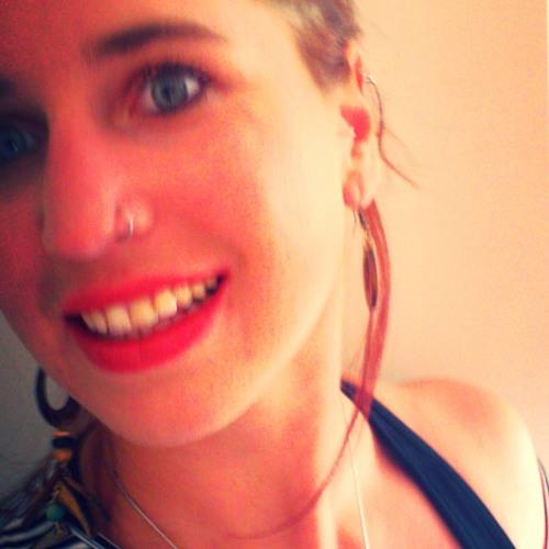 Norah Violetta-Kunterbunt's avatar