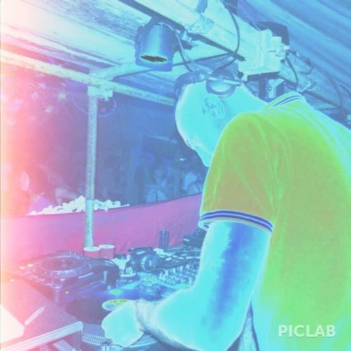 Chris de Burch's avatar