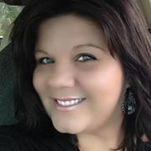 Angela Carden's avatar