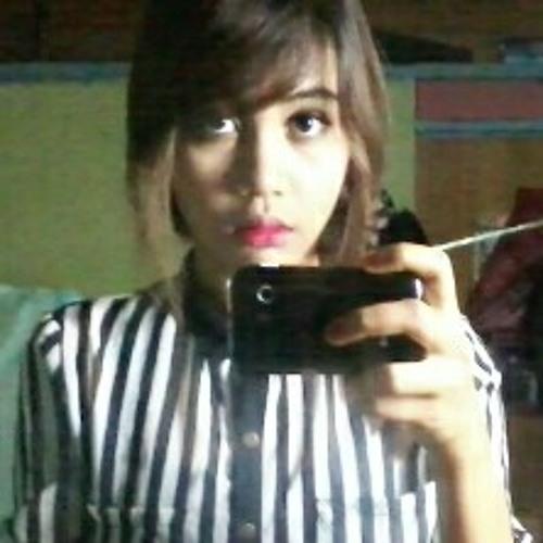 kim_jenny's avatar