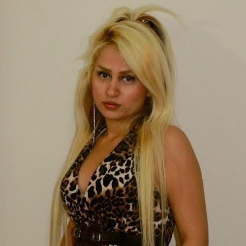 Anahita Izadpanah's avatar