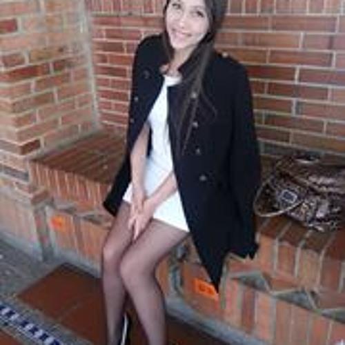 Camila Escobar P's avatar