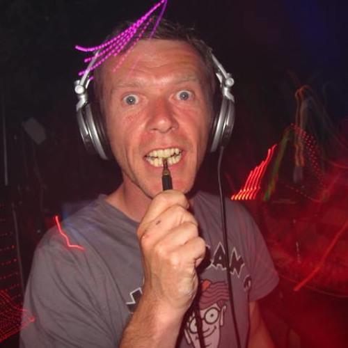 Andy (Bioshokk) Simpson's avatar