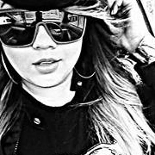 Aireen Lexa's avatar