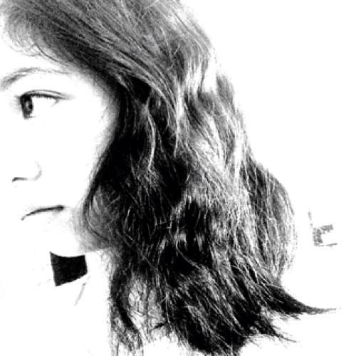 MonicaPerilla18's avatar