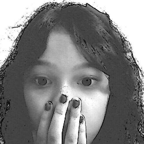 gyalavelle's avatar