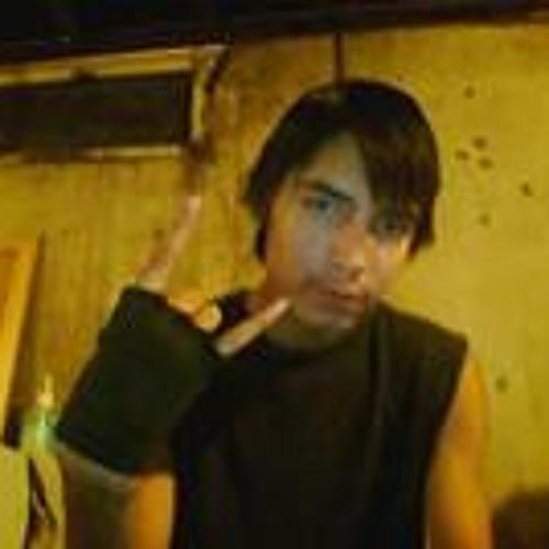 Junior A. Fayant's avatar