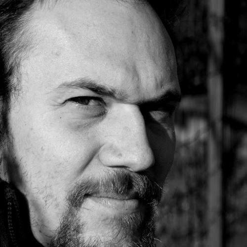 Sandro Ceccon's avatar