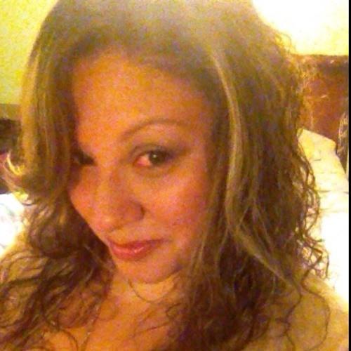 Elsie:)'s avatar