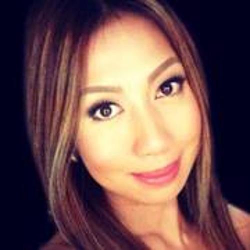Carol Yalong's avatar