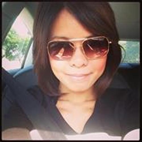 Raelle Chung Weili's avatar